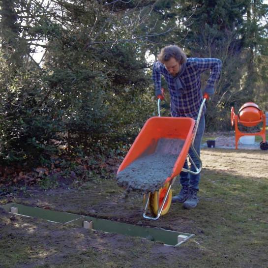 Lægning af terrassefundament